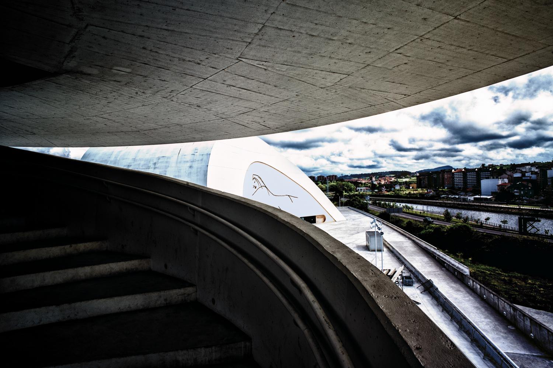 asturie -studiogabriotomelleri- Centro Niemeyer