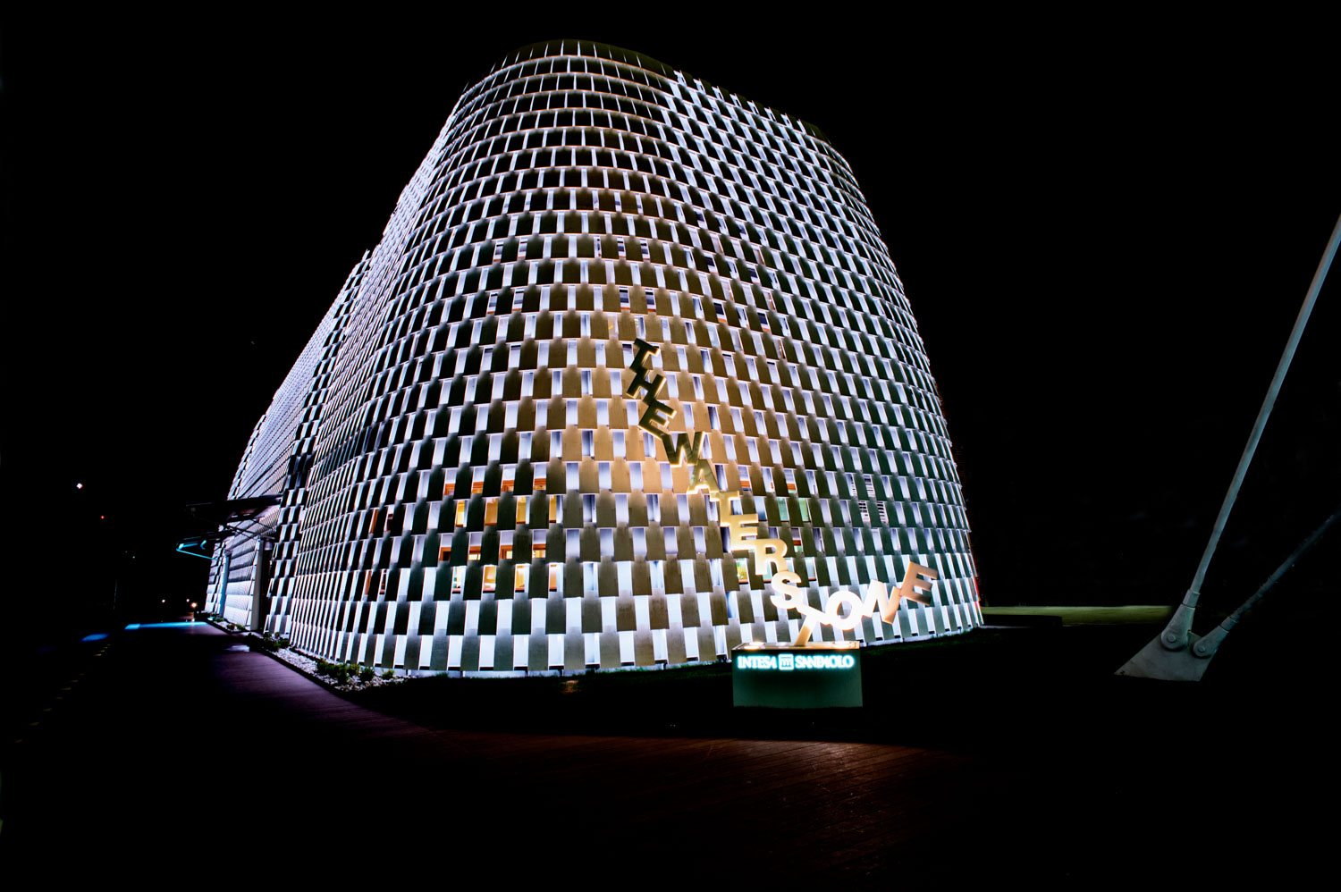 expo 2015-studiogabriotomelleri-Expo by night