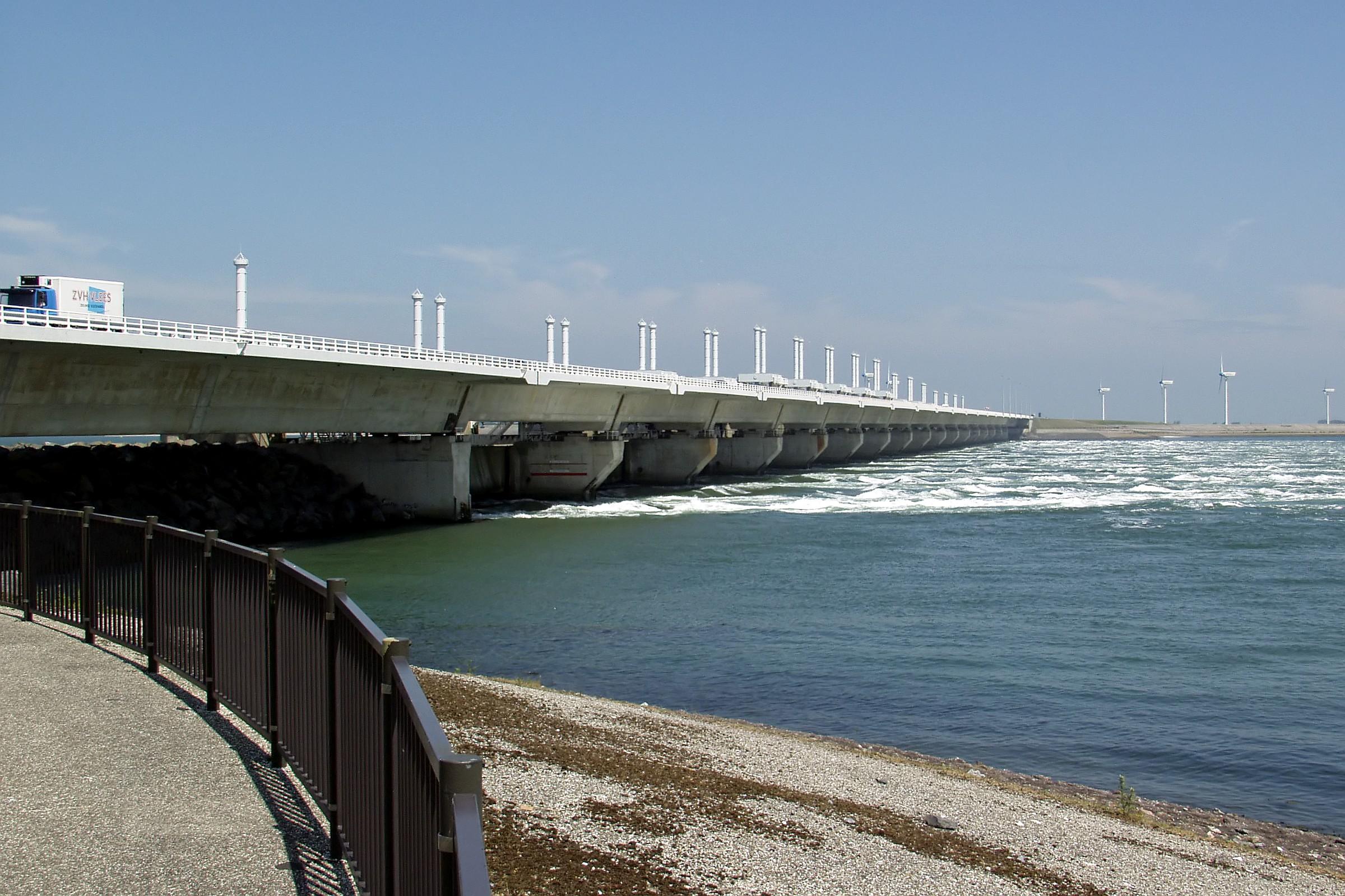 Deltawerke-Oosterschelde-Sturmflutwehr Oosterscheldeseite