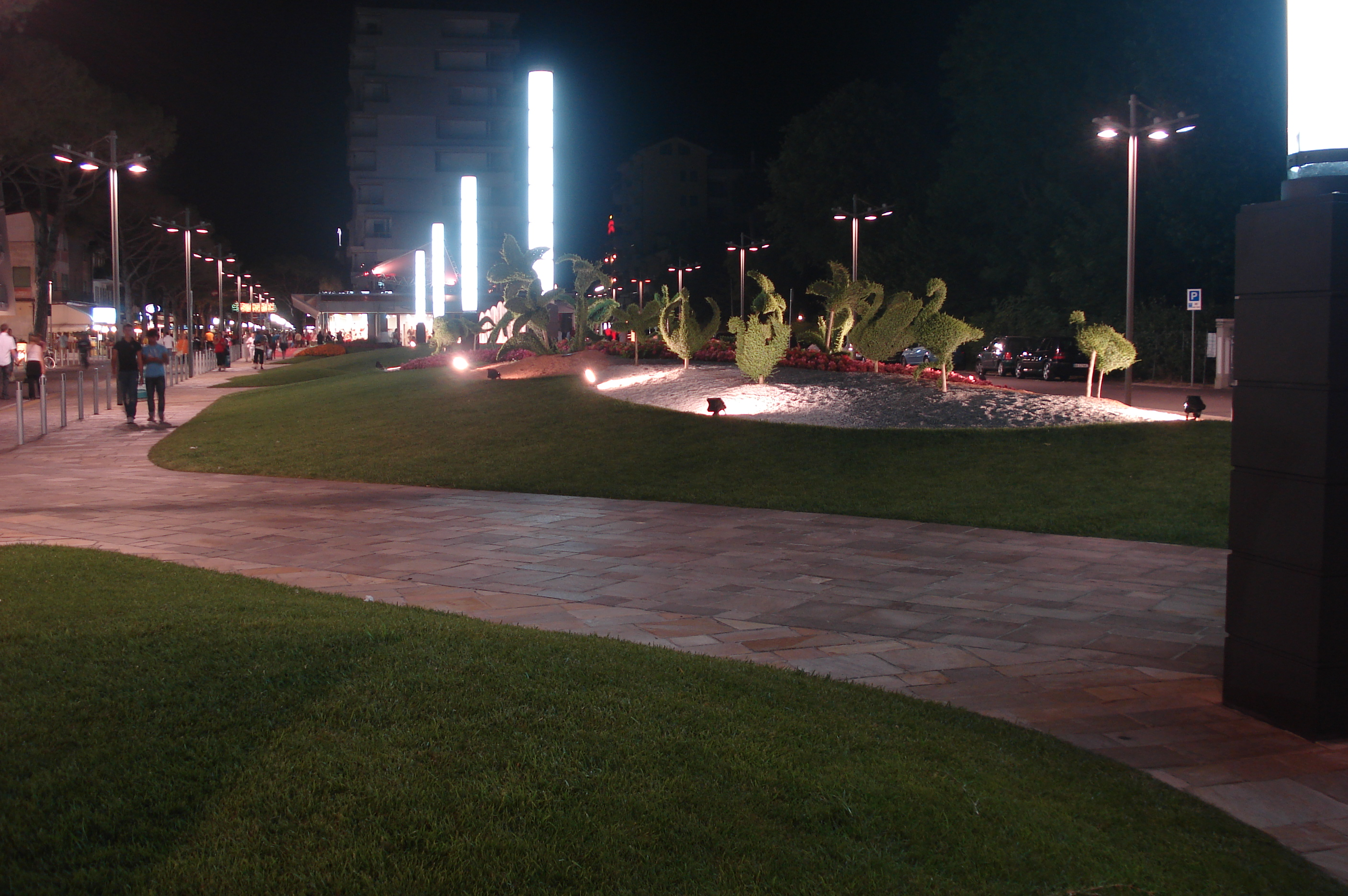 Jesolo_by_night