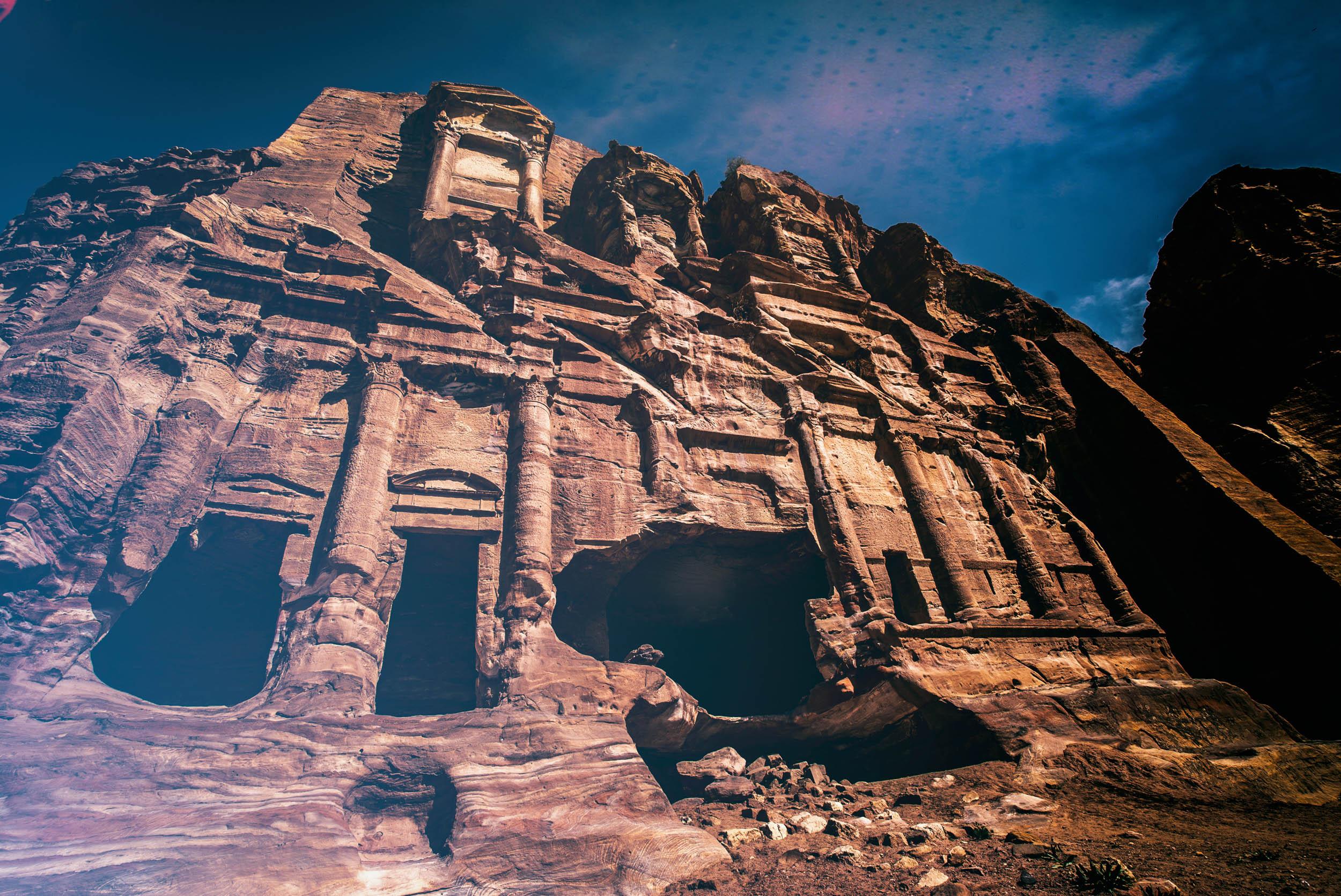 Petra Al Khubtha Trail sentiero Tombe Reali