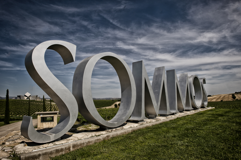 La Ruta del vino Somontano Aragona in Spagna sommos